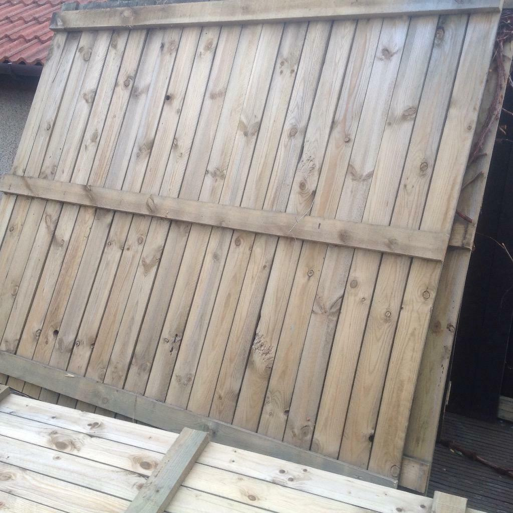 Loads of fencing decking slats and supports for sale in for Timber decking for sale