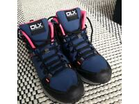 DLX women's hiking boots size 41