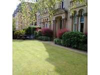 Edinburgh Festival - Stunning 2 Bedroom Garden Flat - Sleeps 8