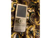 Unlocked Gold Nokia 6700