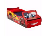 Toddler bed 'lighting mcqueen ', used like new