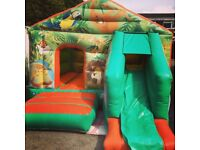JUNGLE BOUNCY CASTLE for hire / Popcorn & Candy Floss / Hot Dogs + more / Essex & London