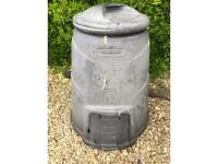 Blackwell Compost Bin 330 Litre FREE