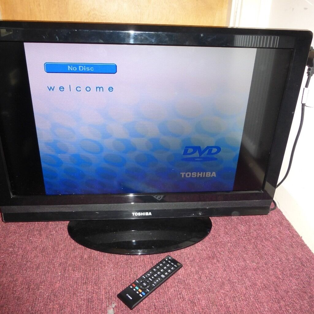"Toshiba Regza 32"" Flatscreen television in perfect condition with remote controller"