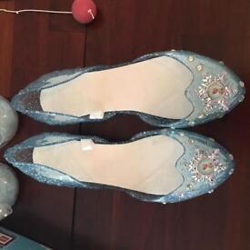 Elsa shoes size 11-12