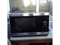 Combi microwave oven/grill