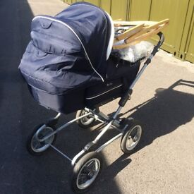 REDUCED! Silver Cross pram,Moses crib stand, tray, covers, sleeping bag etc, holdall and bedding