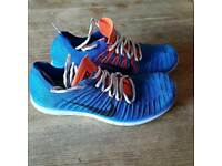 Nike flynit free-run blue and red