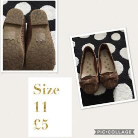 Girls loafers size 11