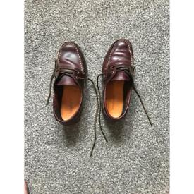 Timberland boat shoes size 3.5 fits 4