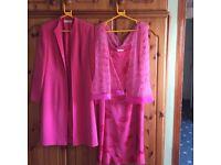 Ladies 2-piece suit, size 12.