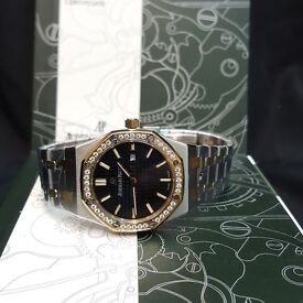 Ladies 36mm AP Audemars Piguet TwoTone With Black Face Cones AP Boxed With Paperwork
