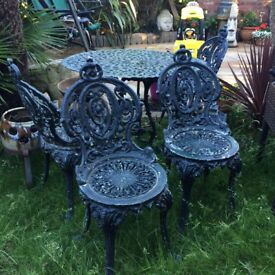 Cast iron garden table & 4 chairs