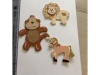 3 Wooden Animal Decals /kids/nursery New with labels
