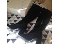 Top shop , over the knee high boots , brand new size 4