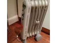1kW oil filled radiator heater vgc