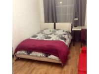 Large Double Room for Rent in Central London