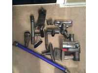 Dyson animal DC44 with 8 piece tool kit and spare battery £120 ovno
