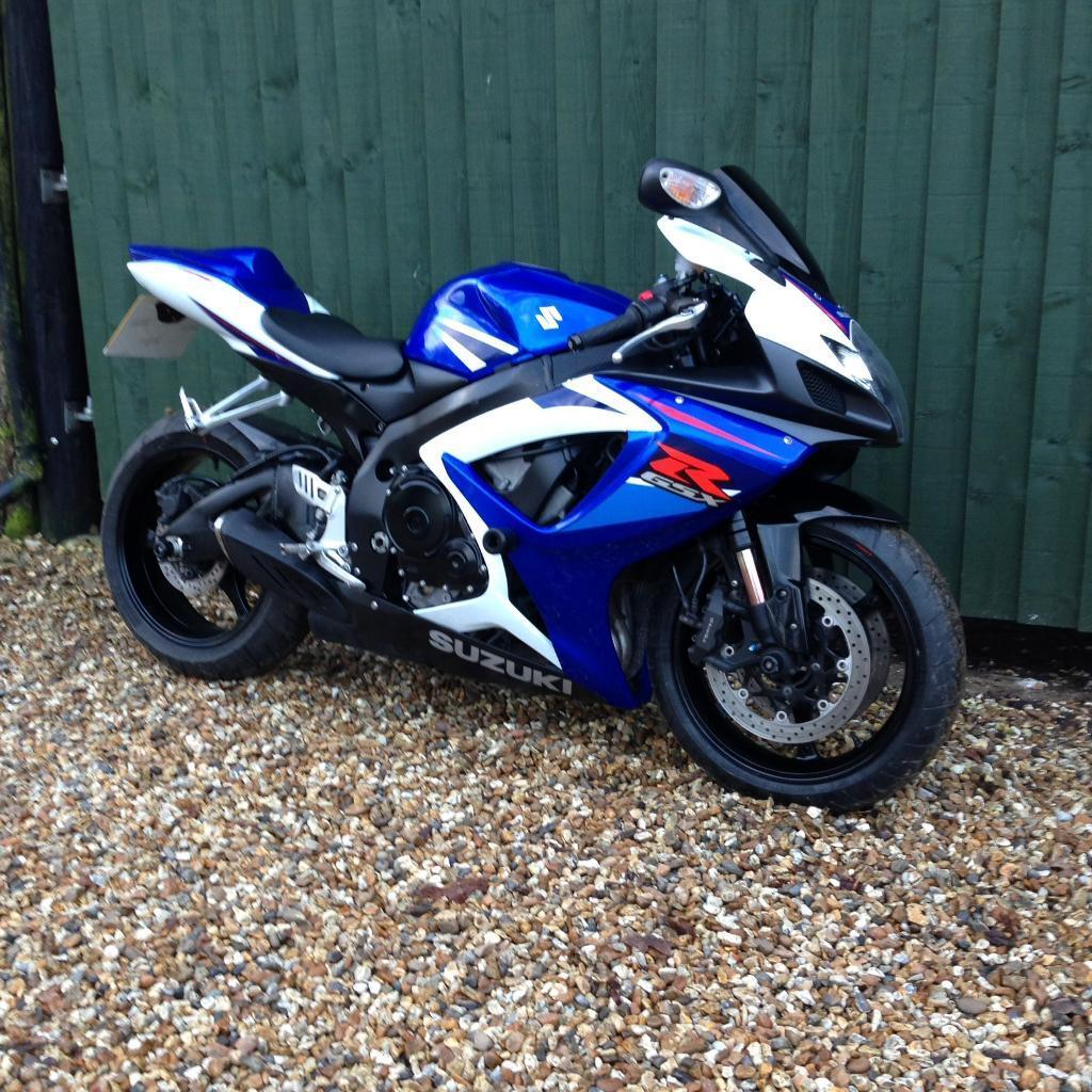 suzuki gsxr 750 k7 1000 r6 r1 cbr zx10 in wimborne. Black Bedroom Furniture Sets. Home Design Ideas
