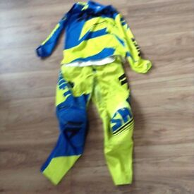 Boys motocross suit