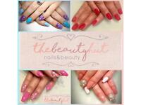 Professional Nail Artist & Beautician Nails Eyebrows Lashes Acrylics Middleton Leeds