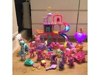 Hasbro My Little Pony Castle,Lights & Sounds Hot Air Balloon, Ponies plus Extras!!