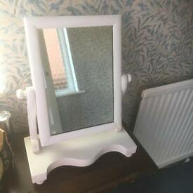 Dressing table shabby chic mirror