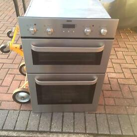 Amazing electric integrated double oven however read description