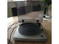 Record turntable - Aiwa - good condition - full working order