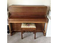 Piano plus stool