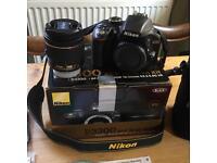 Nikon D3300 AF-P 18-55 VR Kit + Manfrotto Active Shoulder 3 Carry Case