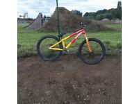 2015 Dartmoor 26player dirt jump mountain bike