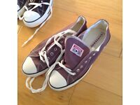 Converse trainers, size 8.......