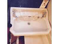 Royal Doulton Sink with wall bracket (no pedestal)