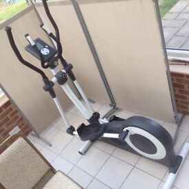 Reebok Cross Trainer - gym exercise equpment