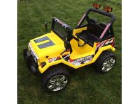 12v Twin Motor 2 Seater Ride On Jeep w Remote Control