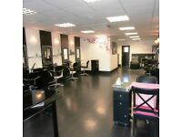 Salon spaces available for rent for Hairdressers/Hairextensionists