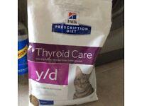 Hills thyroid care y/d prescription diet dry cat food.
