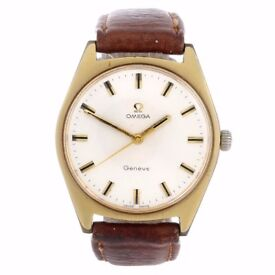 OMEGA - a gentleman's Genève wrist watch. Gold plated case with stainless steel case back.