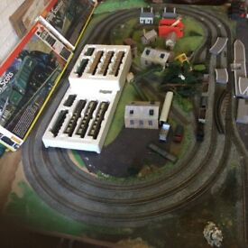 Train Set Layout oo guage Large 7ft x 4ft board + Loads Extras