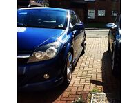 Vauxhall Astra H Mk5 1.7 CDTI 3 Door with Exterior pack, Execellent drive with low insurance group.