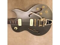 Prestige NYS Deluxe MC. Similar to Gibson, Gretsch, Rare Canadian Made.