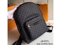 Louis vuitton josh packback