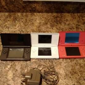 Nitendo Ds consoles (3 game console)
