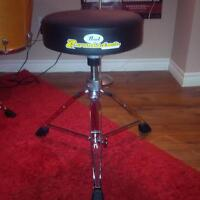 Pearl Roadster Throne in new condition
