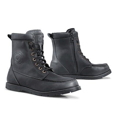 Forma Naxos motorcycle boots, mens, black, waterproof street urban riding - Forma Motorcycle Boots