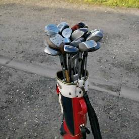 Bag if 25+ metal eood golf clubs