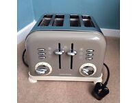 Morphy Richards 4 Slice Toaster - Barley Colour
