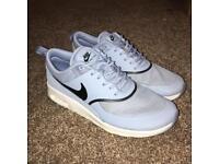 Nike Air Max Thea blue size 4