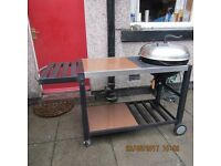 Family Size Kettle Barbeque Unit